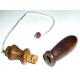 Pendule égyptien en bois avec chambre